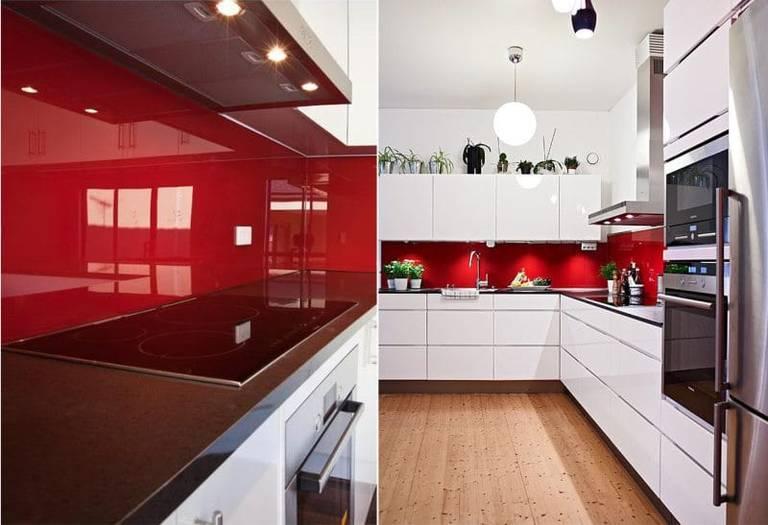 красный фартук на кухне