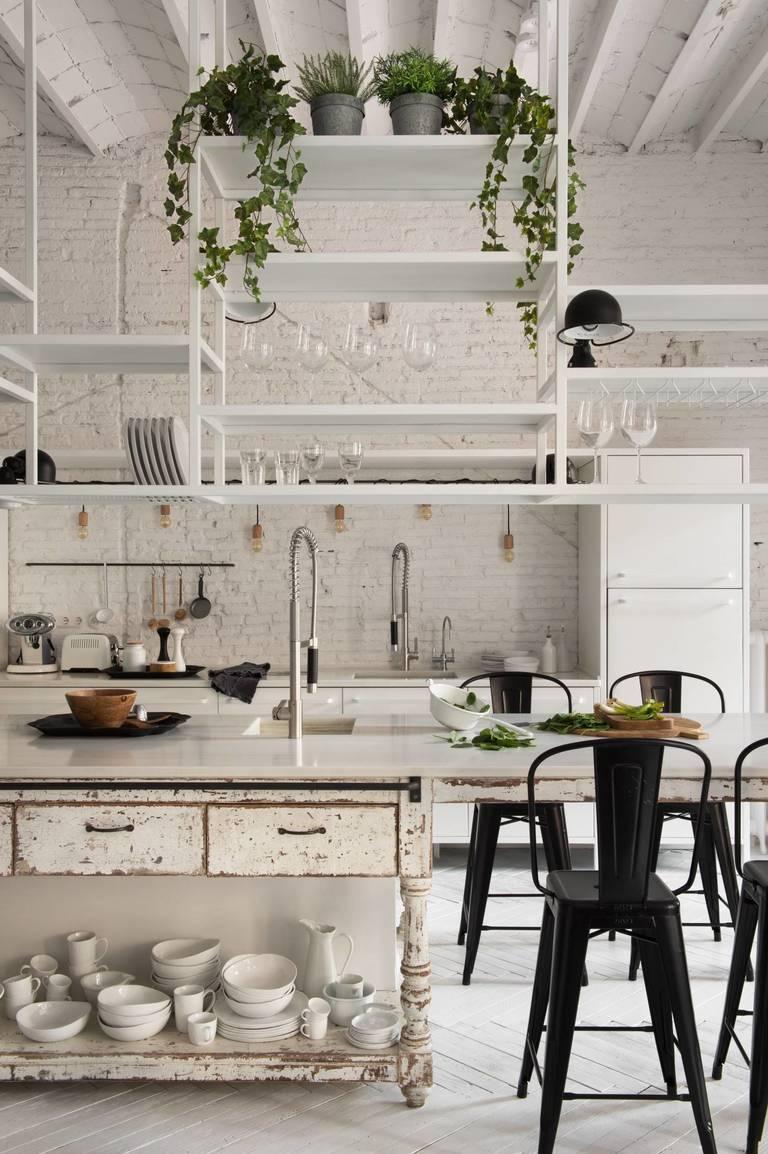 Стиль кантри на белой кухне